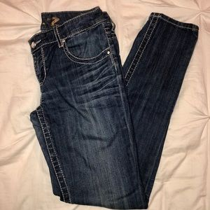 Seven7 Jeans- detailed - Boot Cut